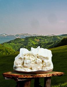 Rolovani lisnati sir Kolašinski / 500gr